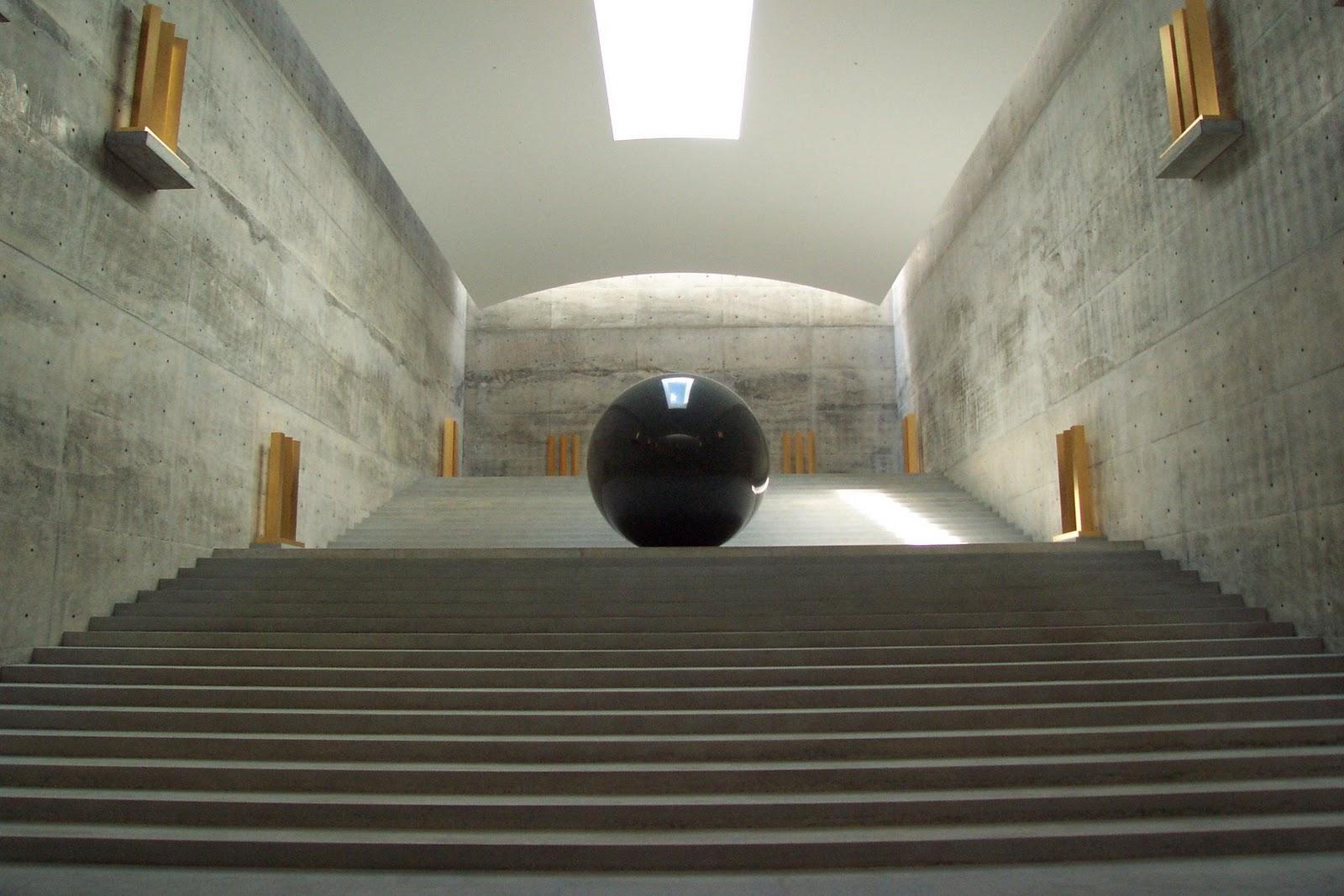 Walter-de-Maria-Chicha-Art-Museum1